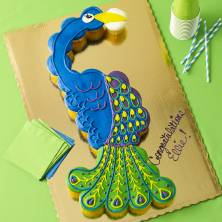 Peacock Pull a Part Cupcakes 26 Count